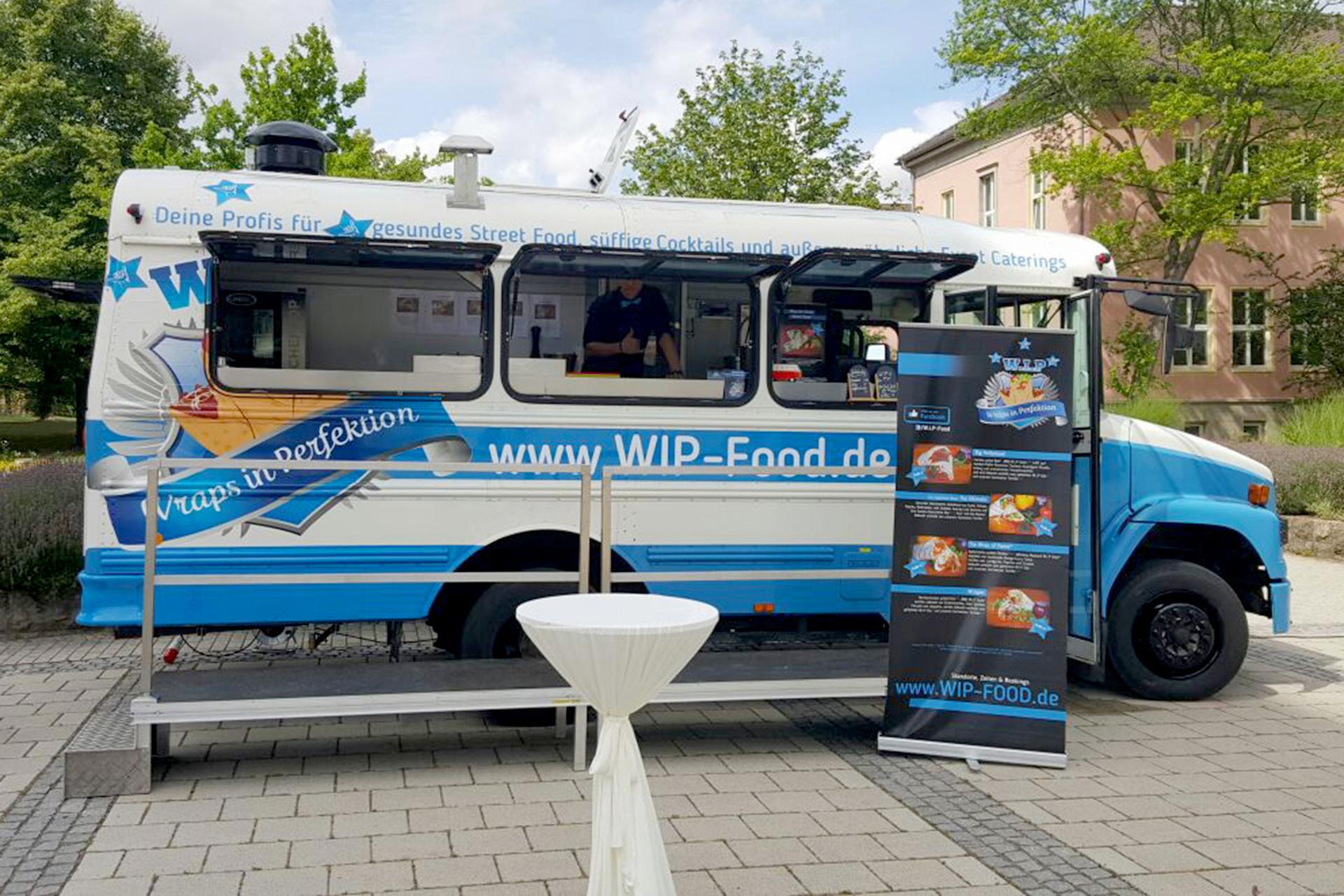 Der erste amerikanische Food-Truck zu Gast bei der Steuerkanzlei Leinhoß